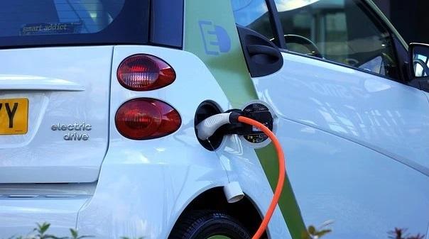 Projekt Doktor Iroda Kft.|Új pályázati lehetőség elektromos autóra